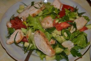 фитнес салат из курицы
