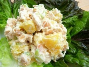 рецепт салата курица с ананасами