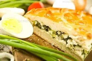 Пирог с яйцом и зеленым луком