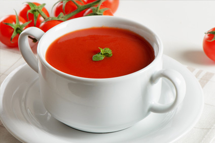 Томатный суп с яйцом