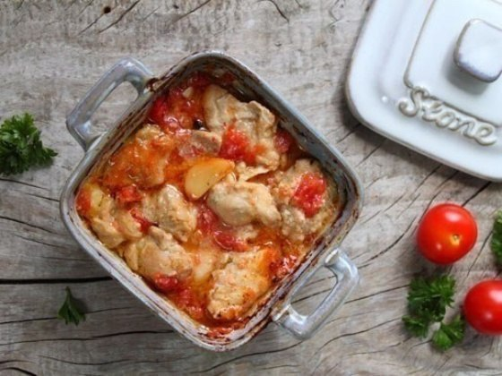 Куриное филе с горчицей и помидорами