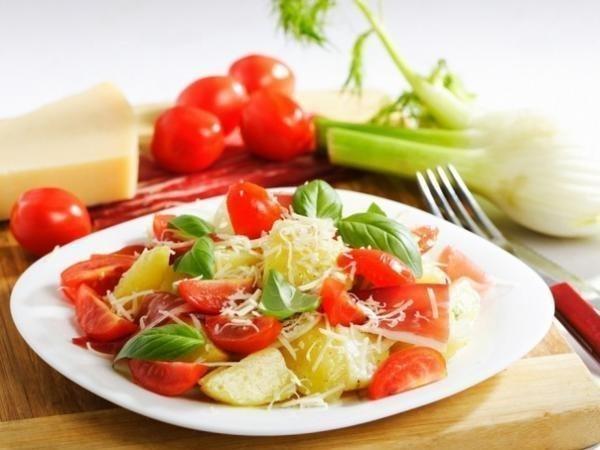 sytnyj-salat-na-100g-5795kkal