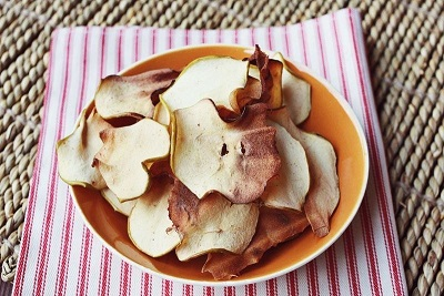 Чипсы из яблок с корицей