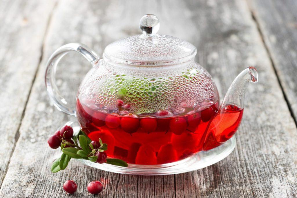 Пряный клюквенный чай