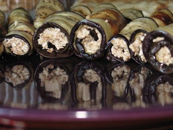 Рулетики из баклажанов
