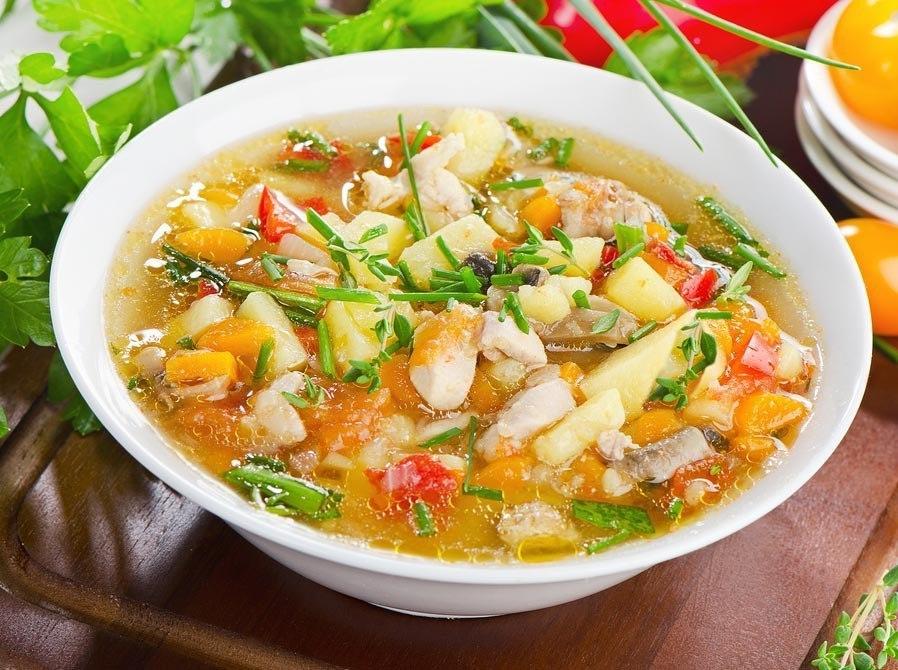 Суп с кукурузой и овощами