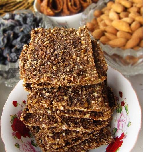 Сыроедческое печенье из фруктов, орехов