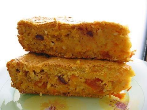 Творожно-овсяный витаминный пирог