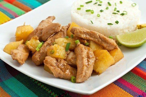 Курица карри с ананасами