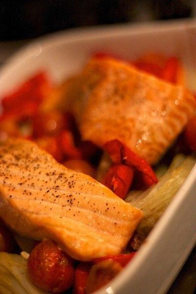 Рыбка в томатной шубке
