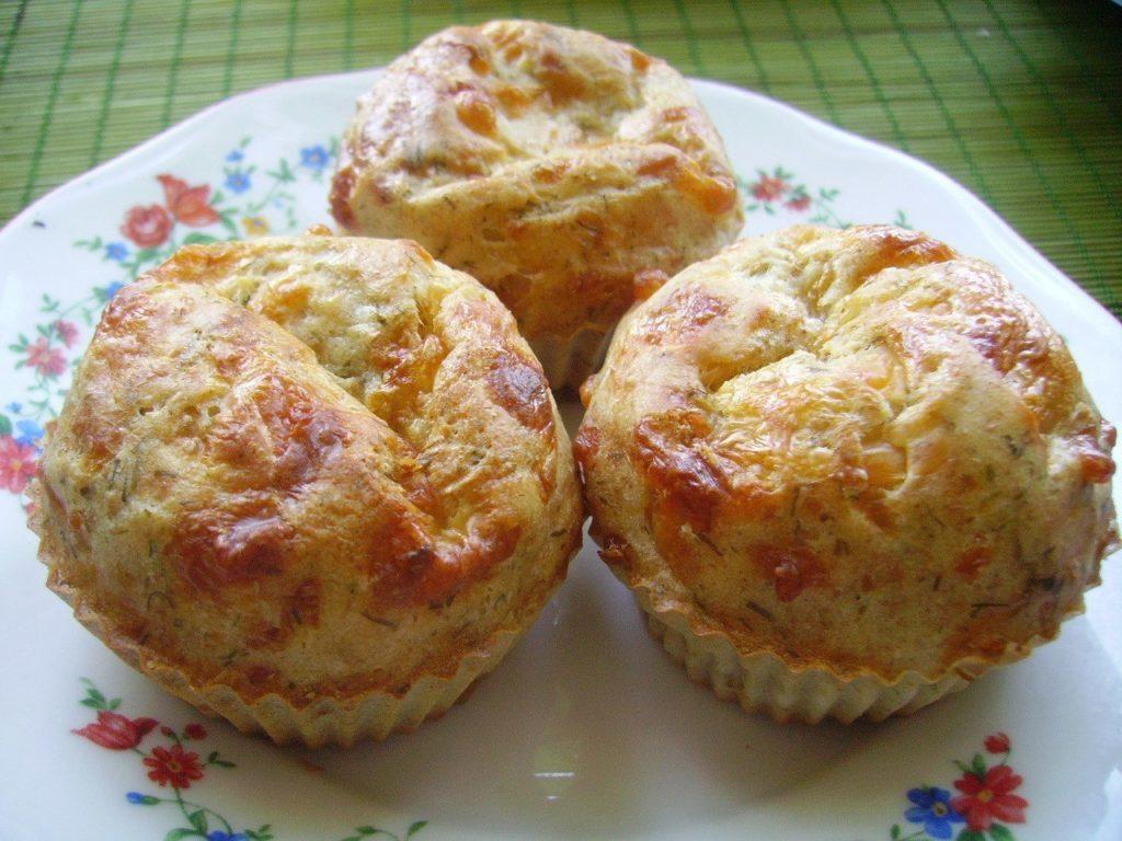 Сырные кексы на кефире