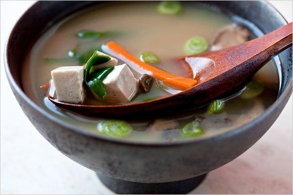 Легкий японский мисо суп с тофу