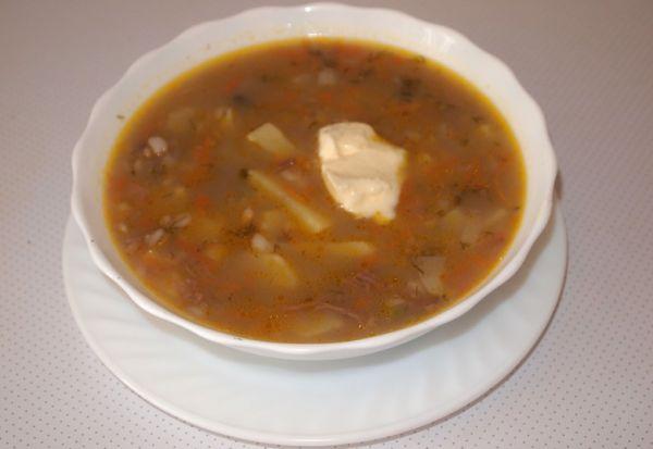 Суп с фасолью и соленым огурцом рецепт