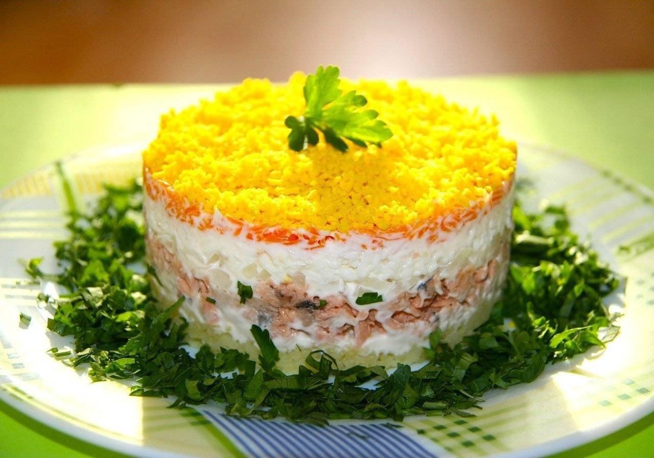 Рецепт салата с тунцом слоями пошагово