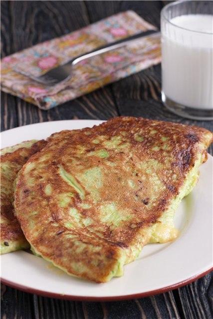 «Чебуреки» из кабачков с сыром и творогом