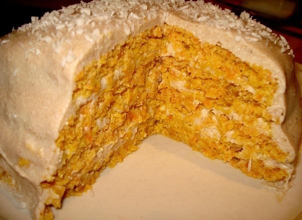 Йогуртовый торт с морковью и курагой