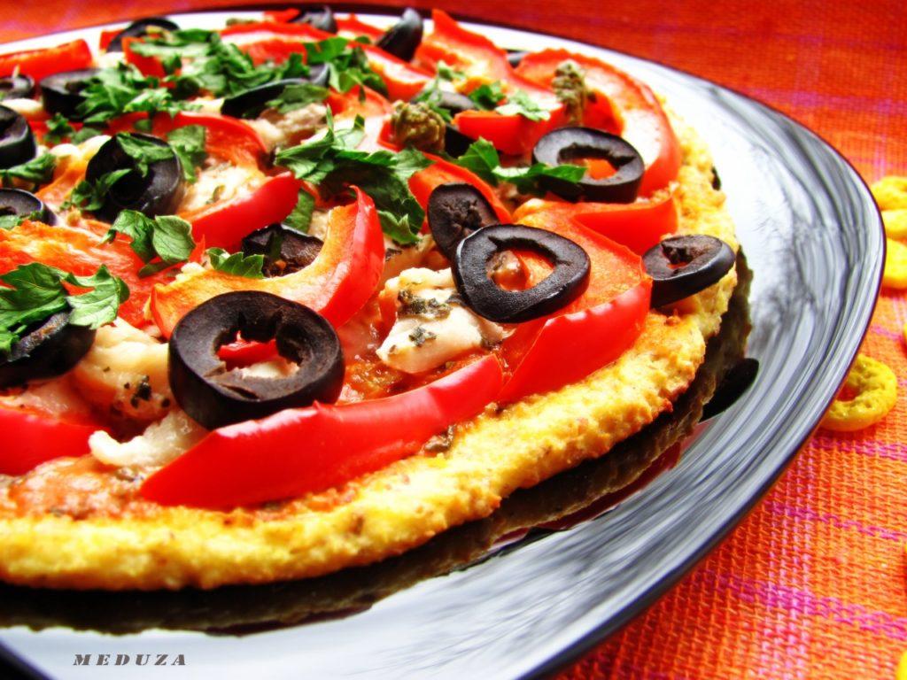 Пицца-диет вариант, на творожно-ржаном тесте