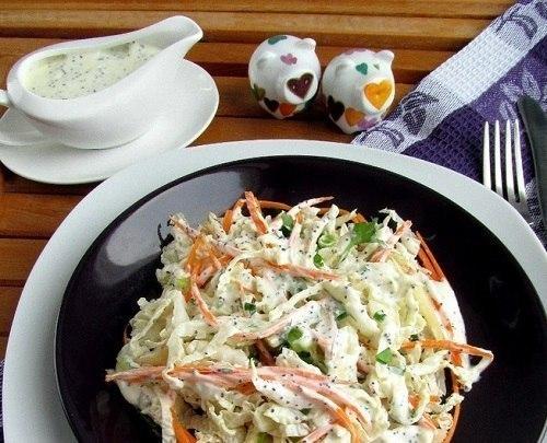Салат из китайской капусты с маковой заправкой