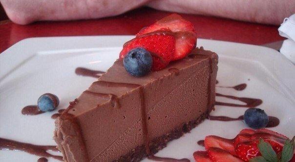 Шоколадный чизкейк для сладкоежек, сидящих на диете