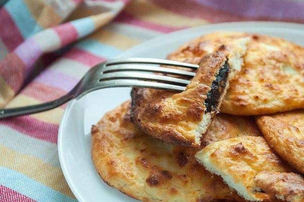 Сырники с черносливом без жарки