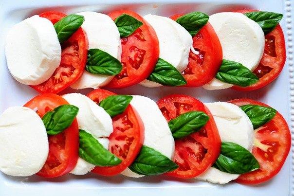 Салат помидоры моцарелла рецепт